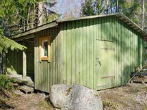 Piha-alueella myös n. 20 m2 huoltorakennus