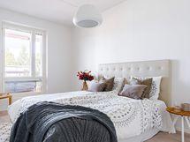 Valokuva asunnon  makuuhuoneesta A14