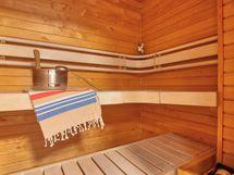 Sauna rakennettu 2012 remontin yhteydessä