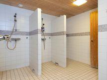 Sauna osaston suihkutilat