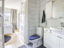wc/kylpyhuoneen