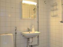 Kylpyhuone remontoitu 2009 - 2010