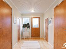 Yläkerran aula / övre våningens aula