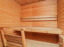 Omassa saunassa on mukava heittää löylyä