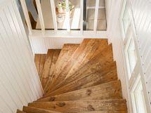 portaat alakertaan