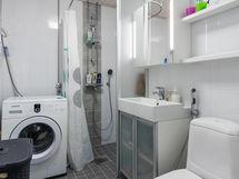 Kylpyhuone on uusittu