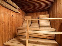 Saunatilat kellarikerroksessa