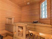 Kaunis sauna tehty asuntoon 2005.