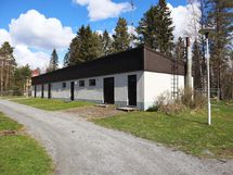 talousrakennuksessa mm. sauna ja varastot