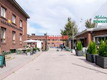 Lähistöllä mm. (850 m) kaupunki- ja ruokakulttuuria kuhiseva entinen teurastuslaitos.