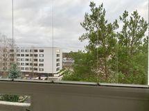 Näkymä asunnon parvekkeelta
