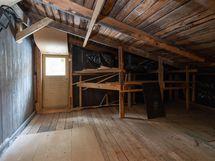 2. krs varastotilaa, jota myös 1. kerroksessa