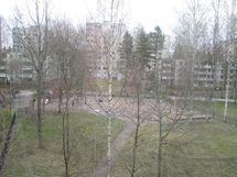 parvekenäkymät puistoon