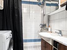 Kodin kylpyhuone, jonne sopii kaikki tarpeellinen
