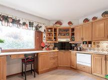 keittiössä on tilaa useammallekin kokille