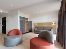 Olohuone jossa sohva/vuode