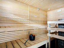 Taloyhtiön tyylikäs sauna