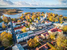 Raatihuoneentori / Rådhustorget
