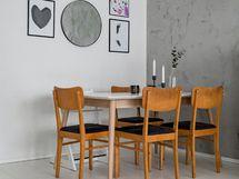 Tähän olohuoneen päätyyn mahtuu isompikin ruokapöytä.