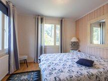 Vieras makuuhuone 2 - Gäst sovrum 2