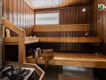 vapaa-ajanrakennuksen vanha sauna