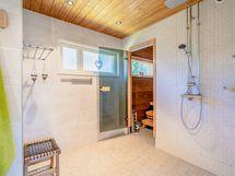 Suihkuhuone uusittu vesieristeineen joulukuu 2020