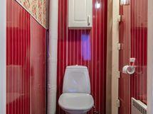 II-kerros wc
