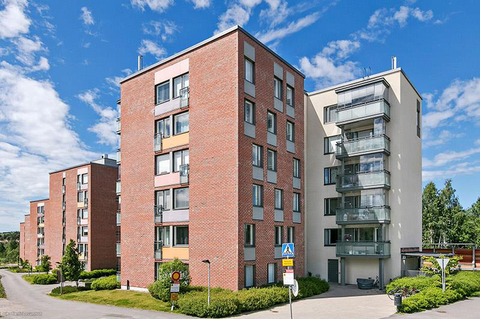 71,5 m² Husbackankuja 4, 01610 Vantaa Kerrostalo 3h myynnissä - Oikotie 14834197