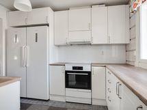 Kaikki keittiökoneet on uusittu 2019-2021/ Alla köksmaskiner är förnyade 2019-2021