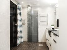 Kylpyhuone ja kodinhoitotilat