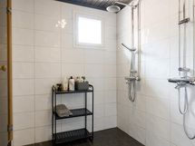 Kylpyhuone remontoitu 2010.