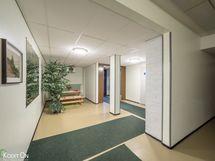 Sisäänkäynti aula