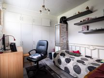 Kolmion makuuhuone/vierashuone