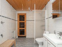 Pesuhuone, wc, sauna