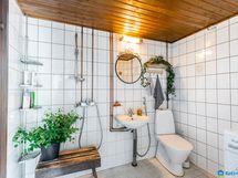 Kylpyhuone rem. n.2000