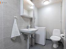 Kaksion kylpyhuonetta
