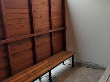 saunan yhteydessä oleva vilvoittelu tila