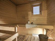 Paneloitu, suomalainen sauna