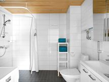 2019 remontoitu kylpyhuone.