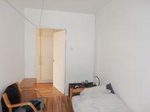 Toinen makuuhuone.