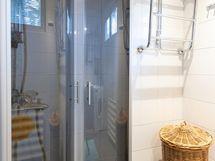 Kylpyhuone uusittu v.2011
