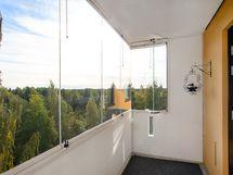 Avarat näkymät 6. kerroksesta/ Öppen utsikt från 6. våningen