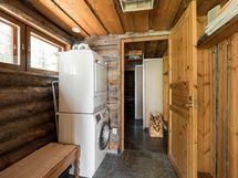 Saunan pukuhuone ja kodinhoitotila