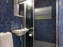 Meren sävyjä kylpyhuoneessa