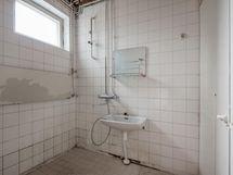 OKT - kylpyhuone