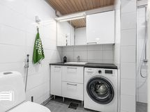 Upeasti v. 2017 remontoitu/laajennettu kylpyhuone