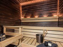 Tyylikkääksi sisustettu sauna