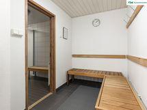 Talon saunan pukuhuone