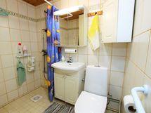 Oikean puoleisen huoneiston wc