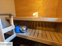 talon sisällä oma sauna